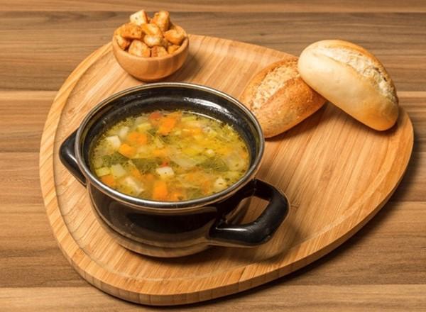minestrone-corbasi-tarifi-1