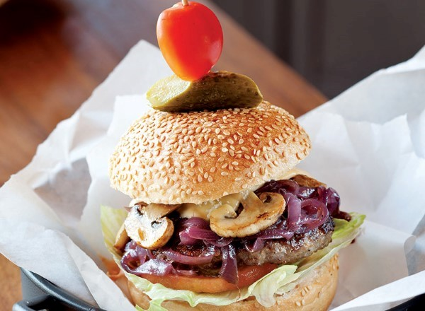 B&N Burger (*) B&N Burger