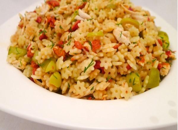 yildiz-sehriye-salatasi-nasil-yapilir